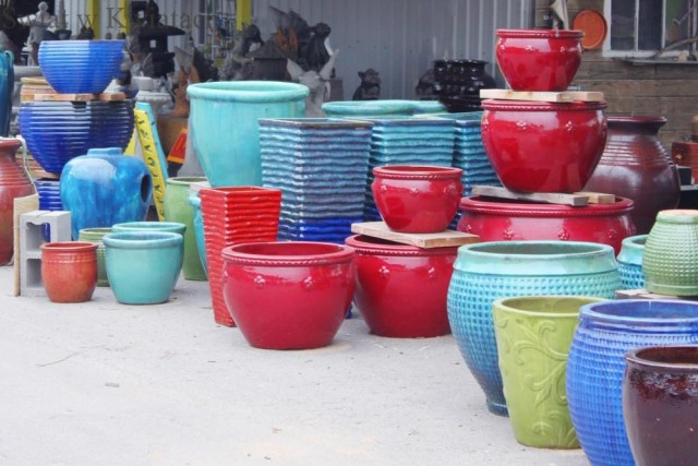 kolorowe donice tarasowe